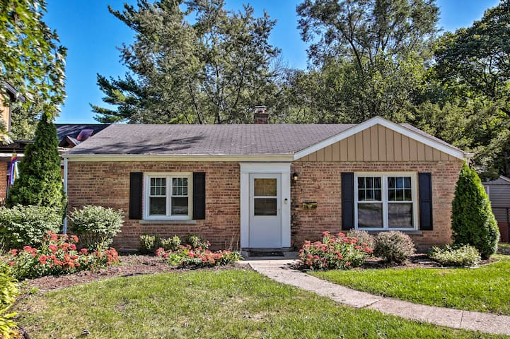 Ranch Style Home w/ Private Backyard & Deck