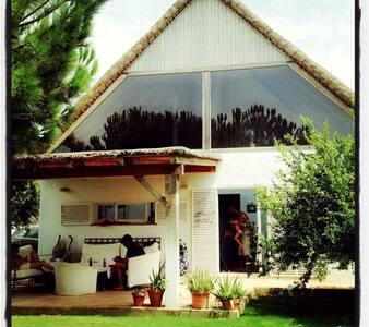 Casa  techo paja  junto al mar - Casa