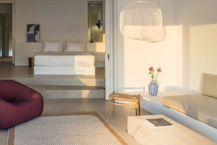 The Saint Suite with Private Infinity heated Pool