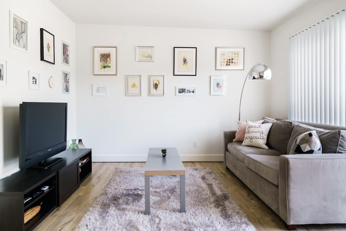 Chic Art & Design Apartment near Best of LA & Beaches