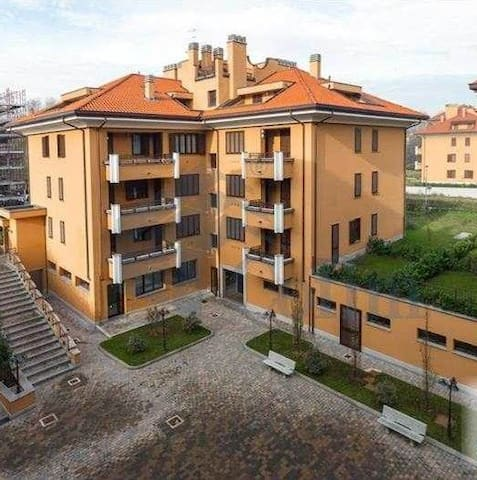 Bilocale San Bovio (MI) - Peschiera Borromeo - Apartamento