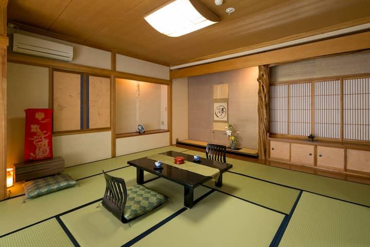 10mins->Shimosuwa Sta./OldJPN room+toilet+meals