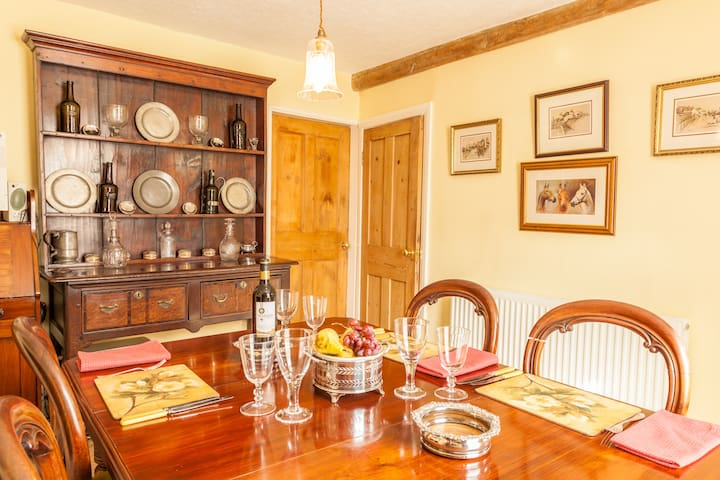 Feather Beds 200 Yr Cottage, WiFi - Thirsk - Inap sarapan