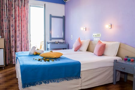 Beautiful rooms in Malia for young people - Λιμένας Χερσονήσου - Bed & Breakfast