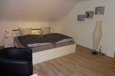 1-Zimmer-Apartment Nähe Zentrum - Winnenden - Apartmen