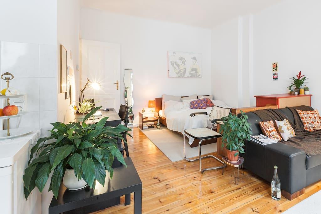 gem tliche 1 zi wohnung in neuk lln appartamenti in affitto a berlino berlino germania. Black Bedroom Furniture Sets. Home Design Ideas