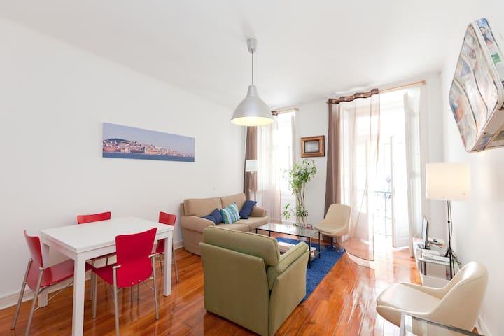 Love Camões - The best location! - Lisbon - Apartment