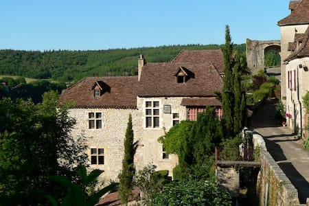 La Pélissaria à Saint Cirq Lapopie - Saint-Cirq-Lapopie