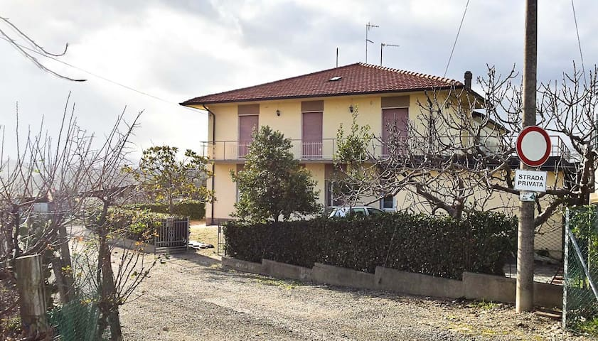 Detached house on Riccione's hill - Riccione - Huis
