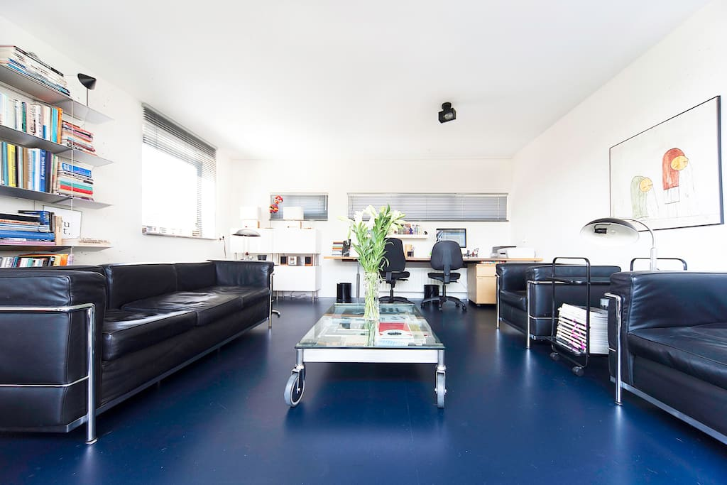 Spacious home sunny terrace €105/4p