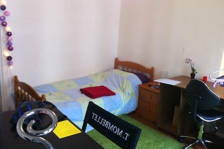 "Nice appartment in ""North-Marais"""