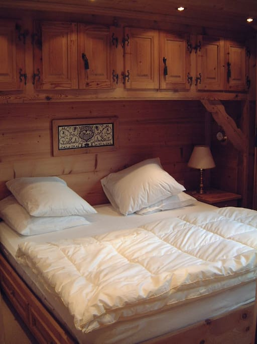 Each main floor room feature a king sized bed