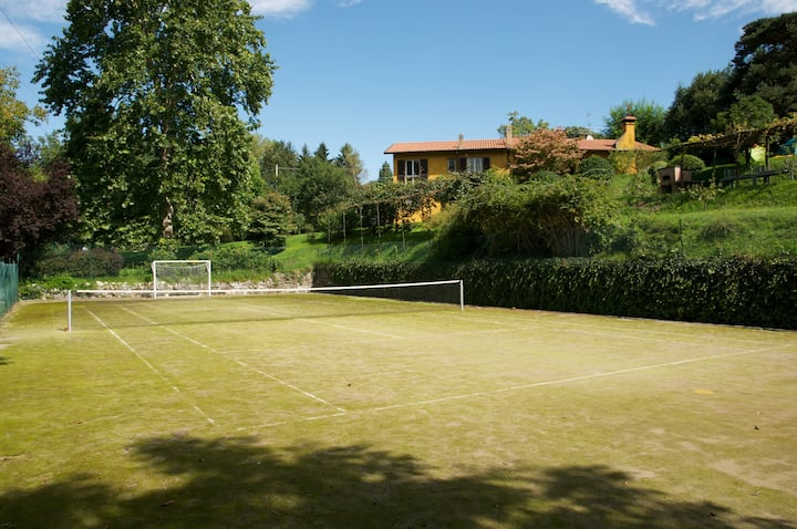 Tennis & BBQ Country Villa