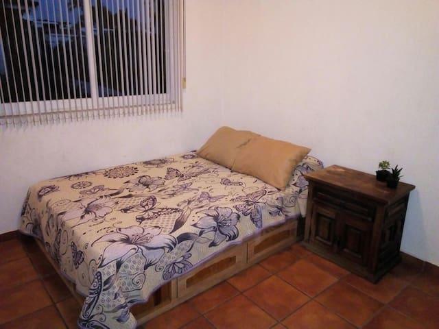 Habitación privada, excelente ubicación - Puerto Vallarta - Casa
