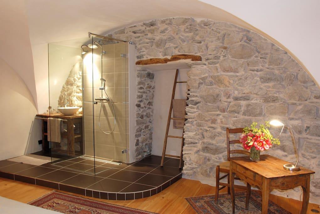 "Salle de bain chambre "" La Voûte"""