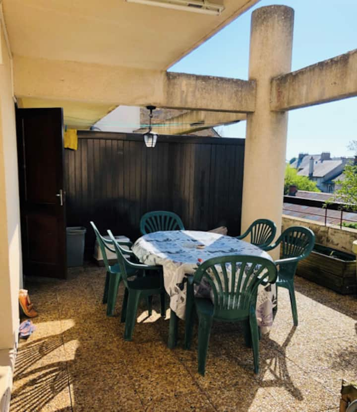 Appartement avec grande terrasse à Rodez