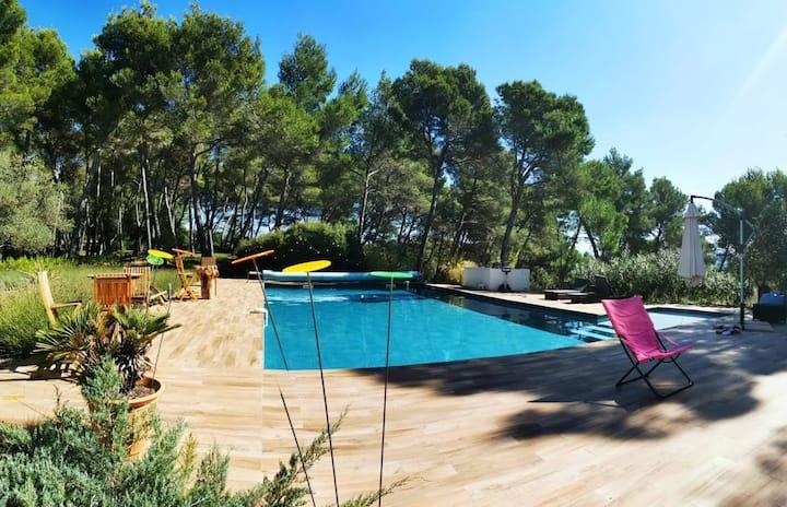 Villa de standing en pleine nature à 3 km d'Aix
