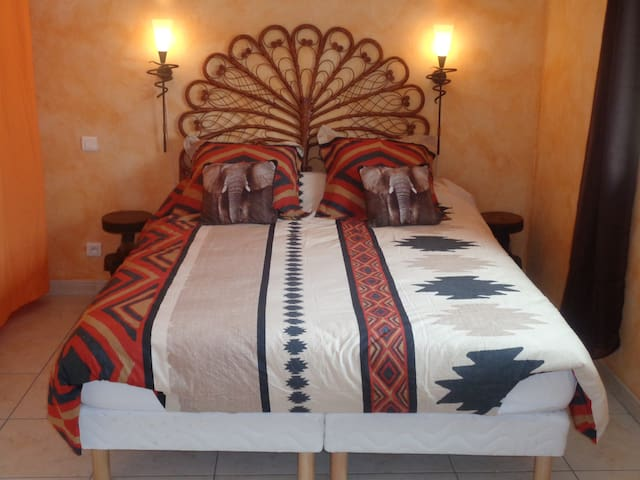chambre elephant - Volon - Penzion (B&B)
