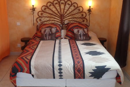 chambre elephant - Volon - Bed & Breakfast