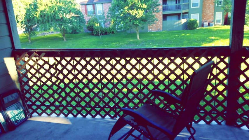 Beautiful, relaxing creekside view - San Antonio - Appartement