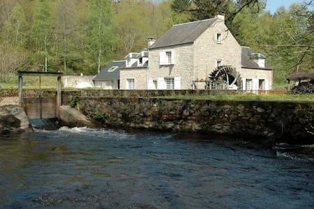 Le Moulin de Crottefou, Morvan - Marigny-l'Église