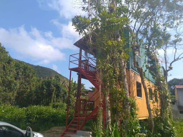 Varandas de Cambury - Casa1 Amarela