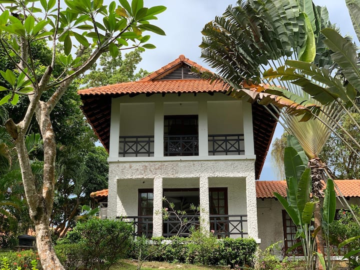 Golf View 3-Bedroom Villa at Nongsa Point Marina