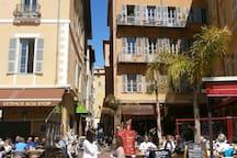 Old town, 50m beach, air cond. wifi