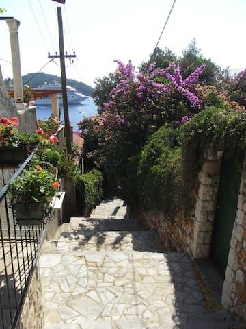 DUBROVNIK LITTLE PEARL - Dubrovnik - House