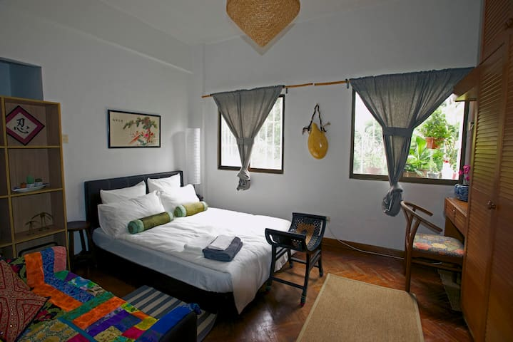 Peranakan Style Room Away