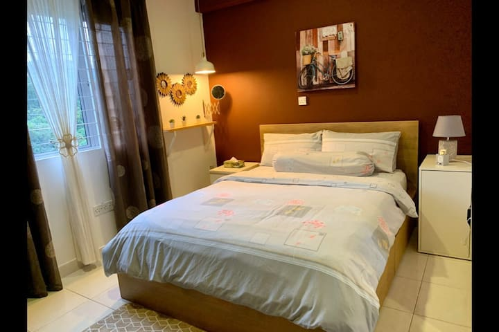 Boutique Style Double Room~20 Minutes to KL City!
