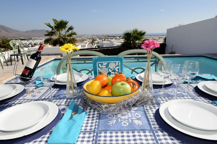 Villa with Private Heated Pool/View - Playa Blanca - Villa
