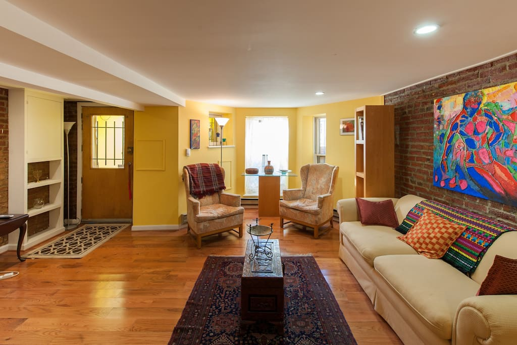 Elegant Affordable Urban Luxury Apartments For Rent In
