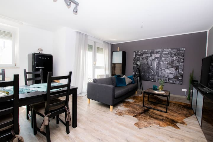 ruhiges 2 Raum Apartement Bahnhof/ Zentrum