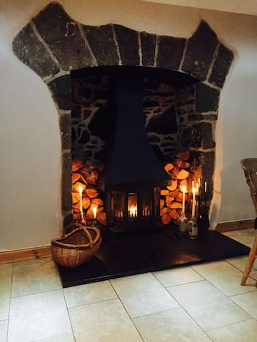 Woodland Cottage, Newlands of Budgate IV12 5XX - ハイランド - 一軒家