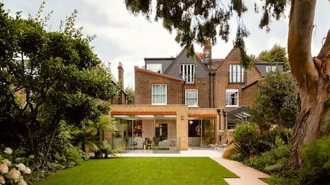 Barnes Villa