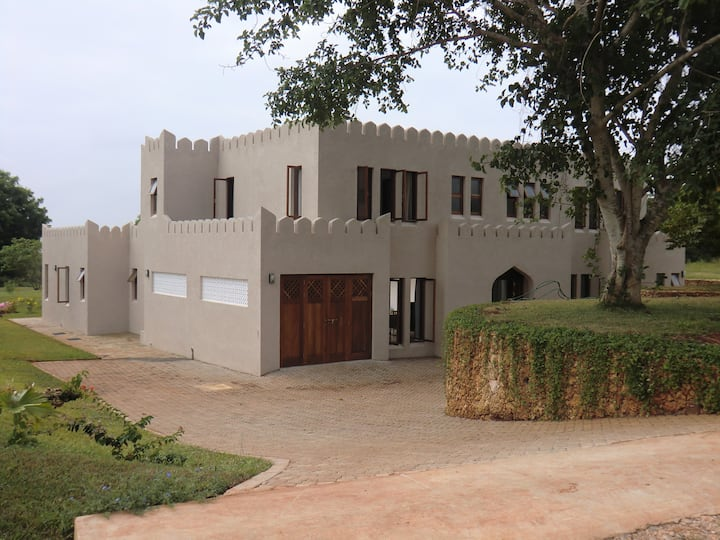 Kuzi House, F92, Vipingo Ridge Golf Estate, Kenya
