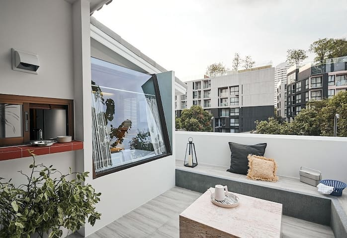 Neil B House 49 Bangkok
