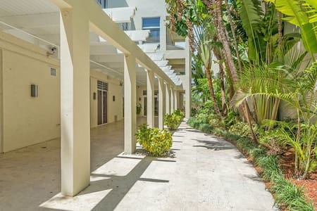 Best monthly rate $1400 SoBe Miami - Miami Beach - Wohnung