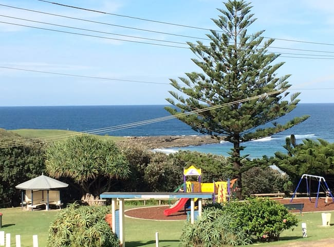 What a view! Spacious & easy-living - Yamba - Pis