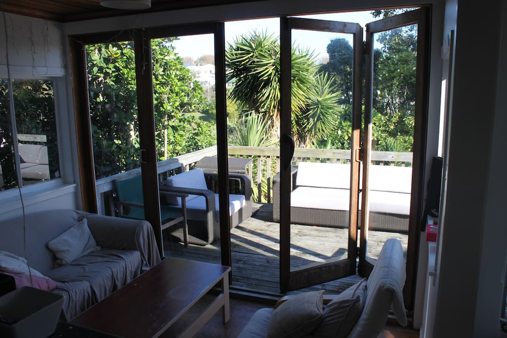 Grey Lynn Villa Master Bedroom Houses For Rent In Auckland Auckland New Zealand