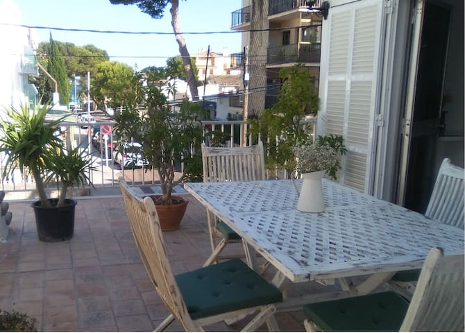 Bonito apartamento en Cala Millor cerca del mar.