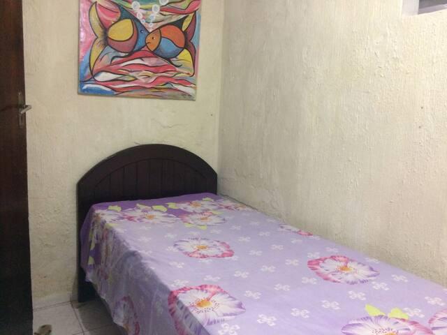 Quanto de solteiro em Jardim Brasil-Olinda - Olinda - Apartamento