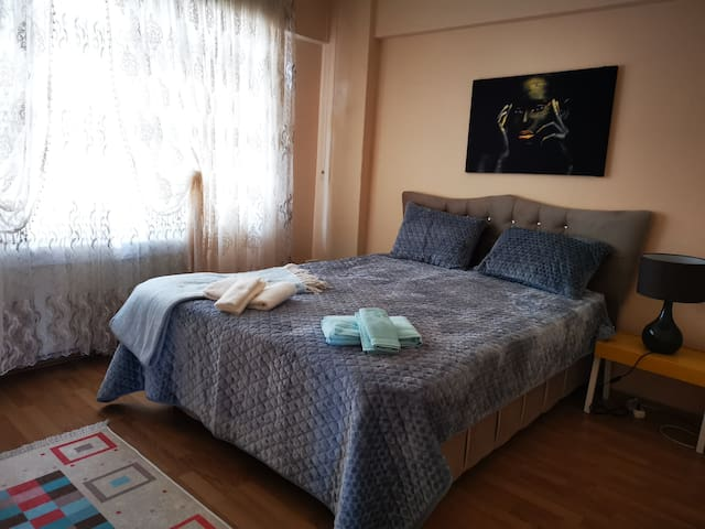 In Taksim Square comfortable house- in Cihangir