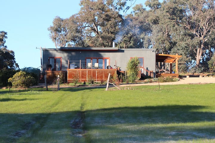 95 Locarno - Bush Haven in Yandoit Near Daylesford