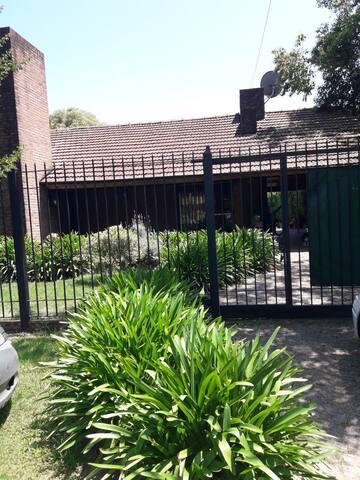 Casa Quinta temporada de verano - Barrio Cerrado