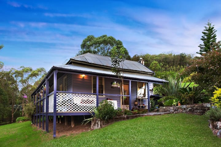 Charlies Cottage in Yarramalong - Ravensdale - Hus