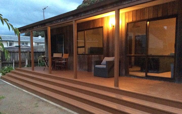 Pohutukawa Cottage