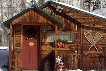 Romantic retreat in the village! - Grand Lake