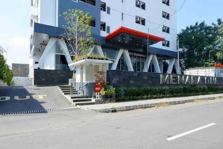 Smart Stay Near Airport